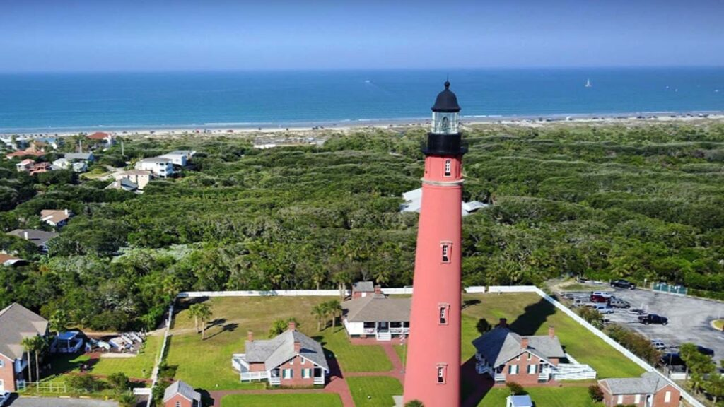 Ponce de Leon Inlet Lighthouse in Florida