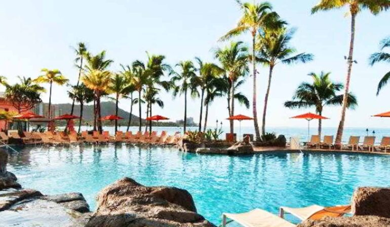 Largest Swimming Pools in the US