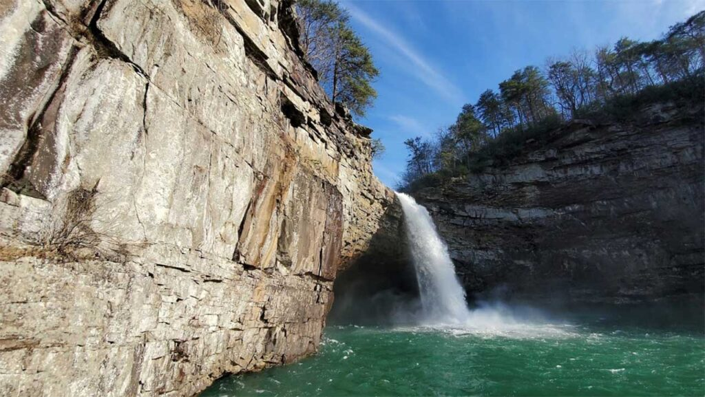 Desoto Falls is one of the best waterfalls in Alabama