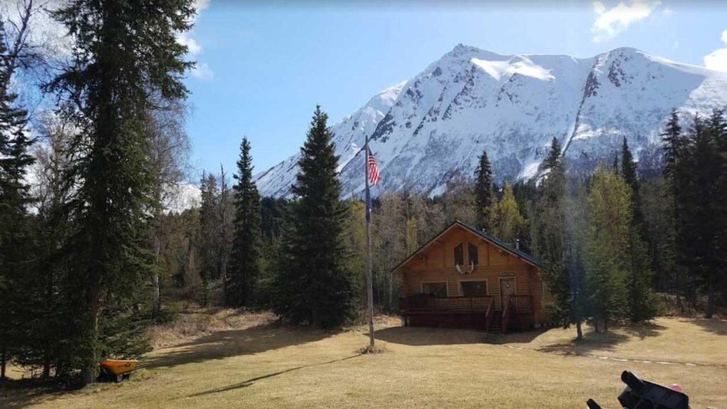 Alaska Heavenly Lodge is one of the top wedding venues in Alaska