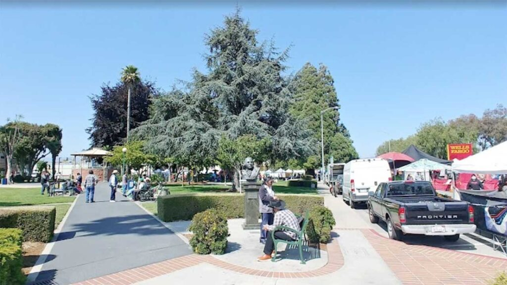 Santa Cruz-Watsonville, CA is within the list of top cities with highest homeless rate in the US