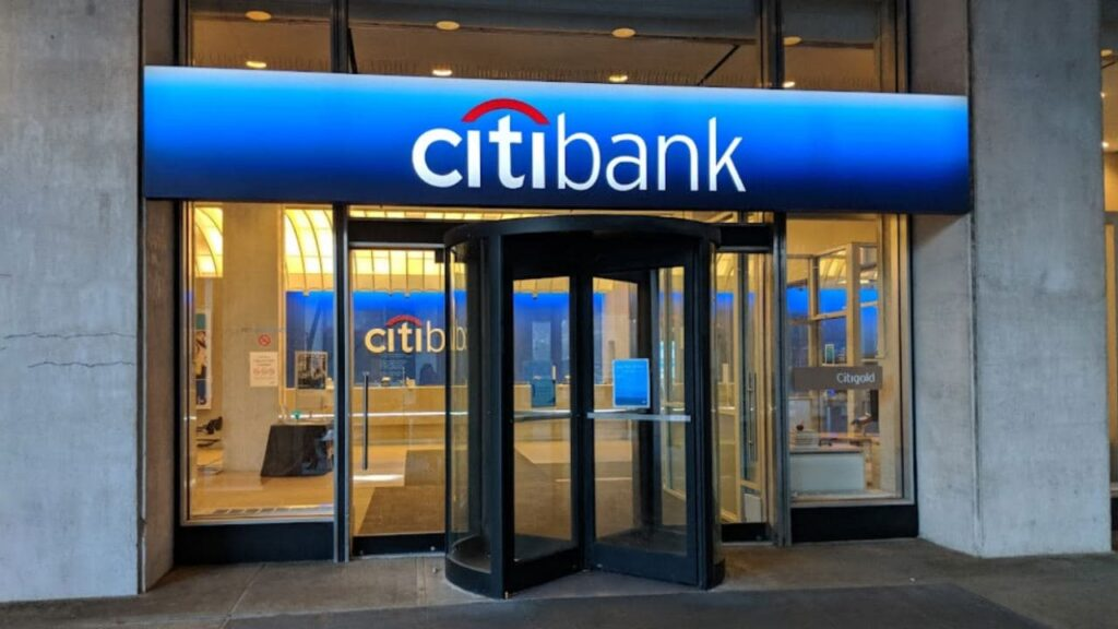 Citi Bank is one of the best banks in California